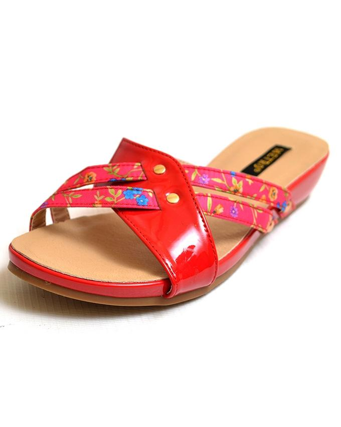 Red Casual Slipper for Women - 10350207
