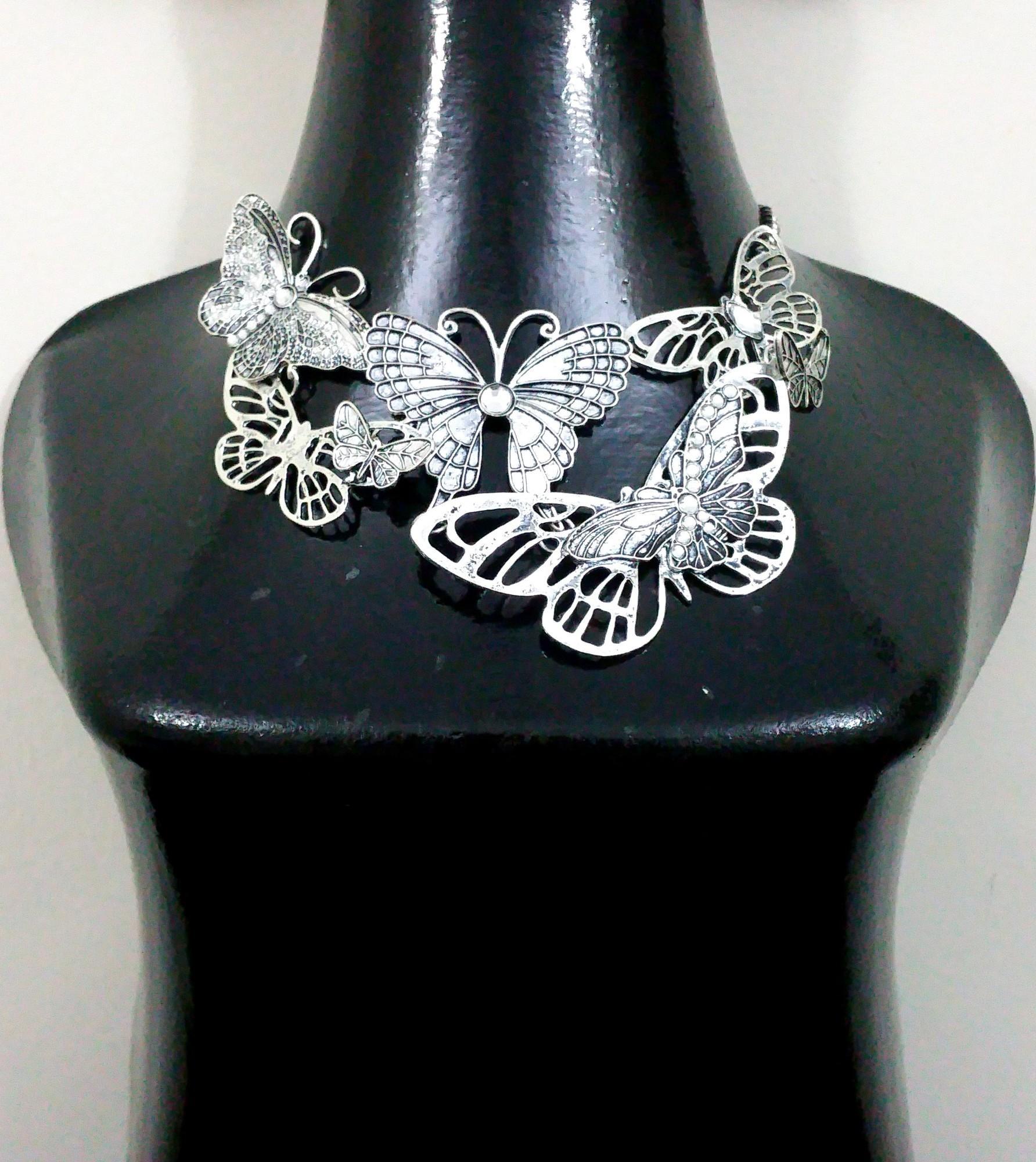 NéonKrallık Nocturnal Butterflies Boho Necklace (Silver)