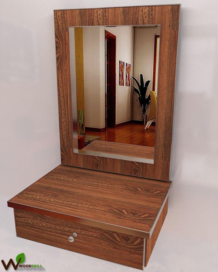 Dressing Mirror In Light Walnut Color