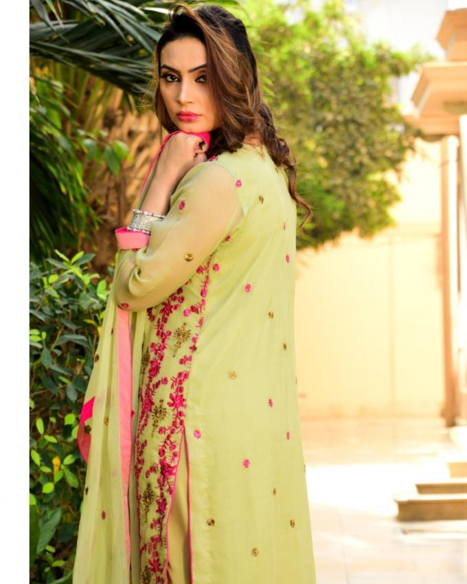 Pistachio Green Chiffon 3 Pcs Embroidered Sequence Suit