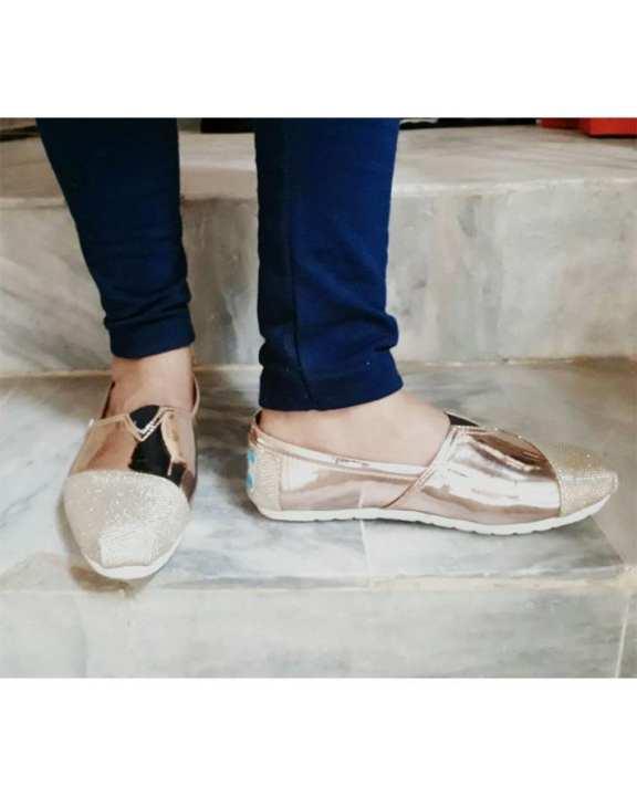 Golden Rexine Lifestyle Shoes - For Men