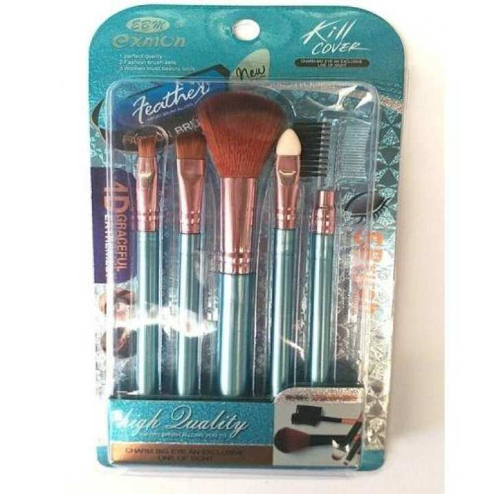 5 In 1 Makeup Brushes