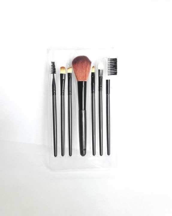 Khaani'S  Pack Of Brushes