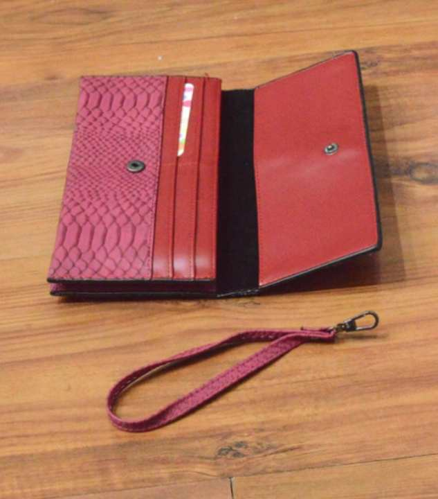 Stylish Wallet for Women - Durable
