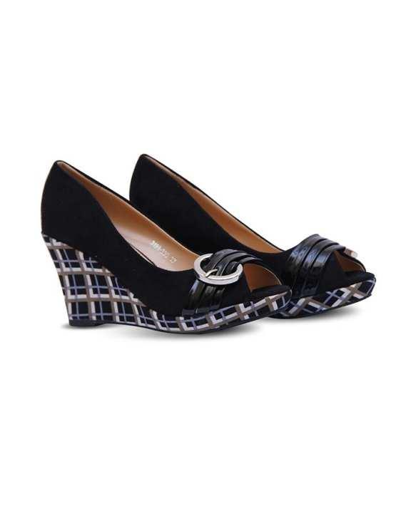 Ladies Sandals – 005