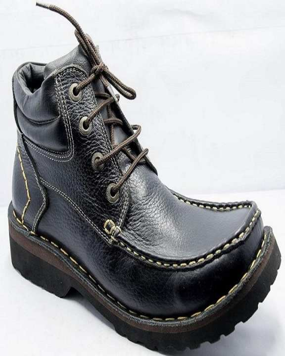 Black Leather Boots for Men