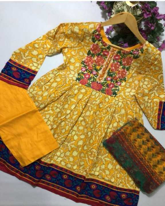 Yellow Printed & Embroidery Lawn Unstitched 3 Piece Suit