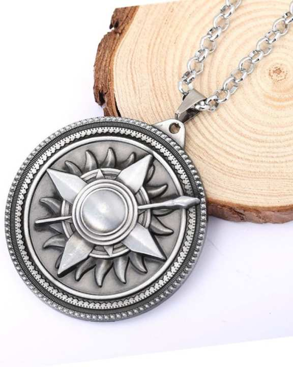 Game Of Thrones Sun Pendant-Silver