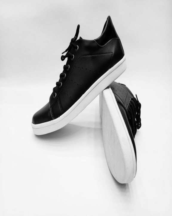The Shoe Club Black Lifestyle Sneaker Shoes For Men