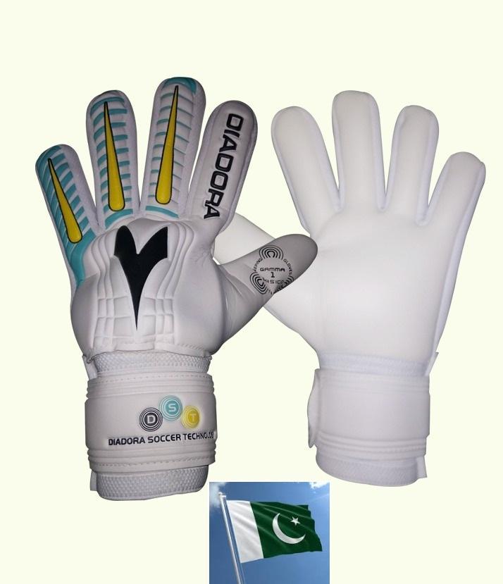 Buy Football Goalkeeper Gloves Online   Best Prices in Pakistan - Daraz.pk edd757ce9