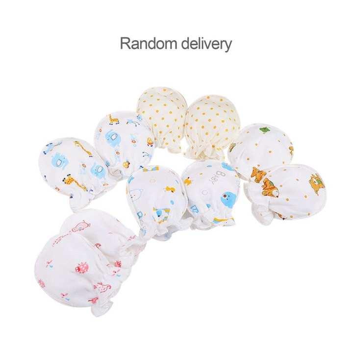 Winter Full Cotton Newborn Baby Boys Girls Anti Grasping Gloves 0-3 Months randomly delivered