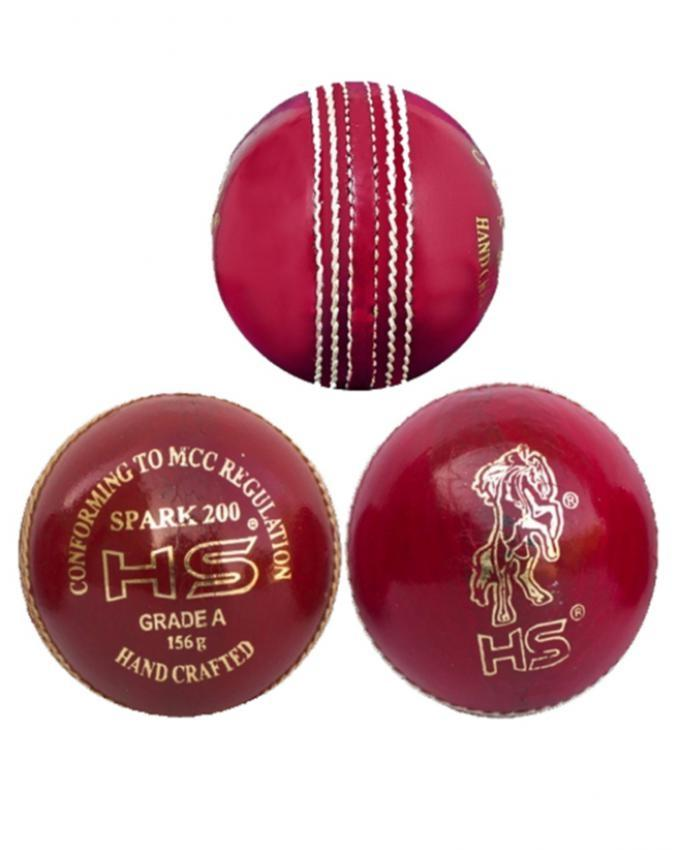 Spark 200 Cricket Ball - Red