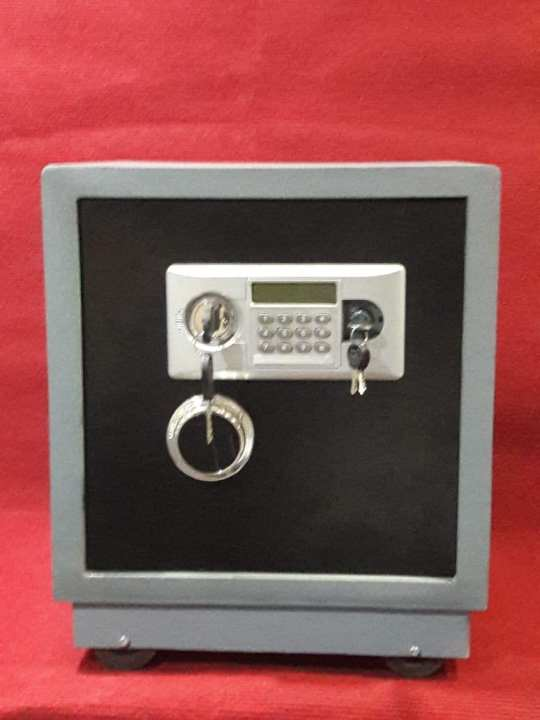 Digital Electronic Safe