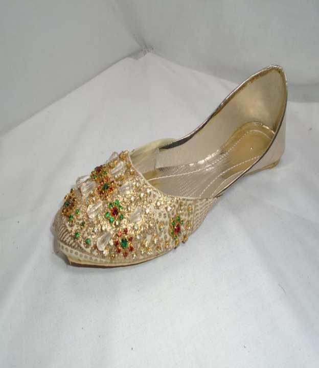 White Golden Synthetic Fancy Khussa For Women - 262-50724