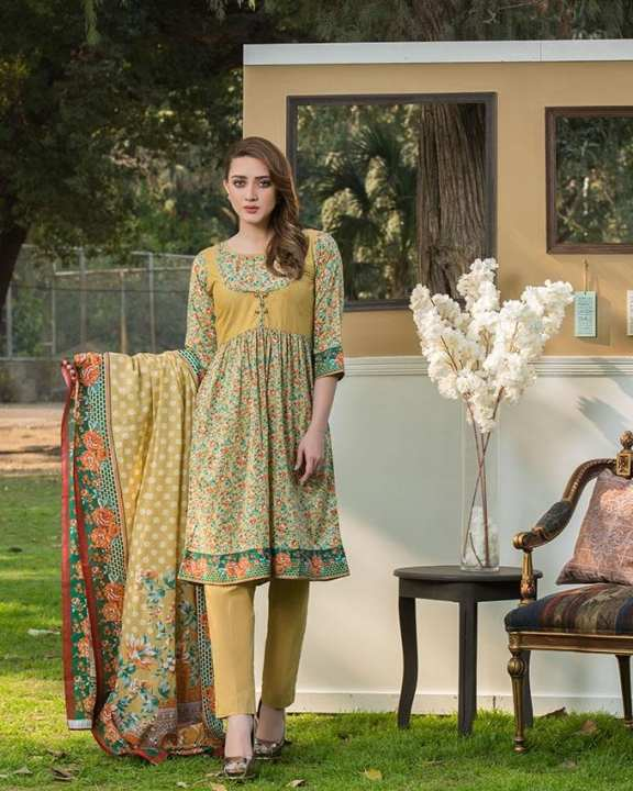 Multicolour Printed 3Pcs- Unstitched  Lawn For Women