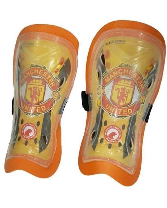 FC Manchester United Shinguard - Yellow & Orange