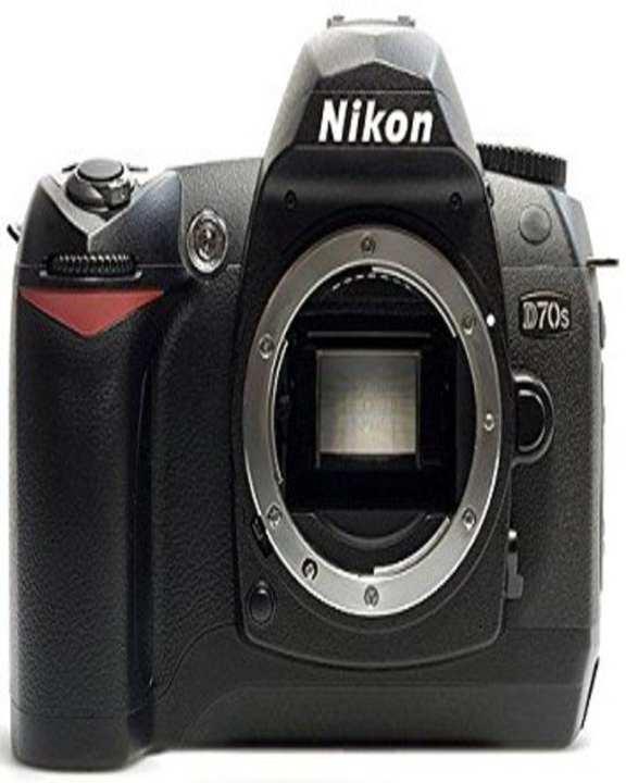D70s - DSLR Camera Body - Black