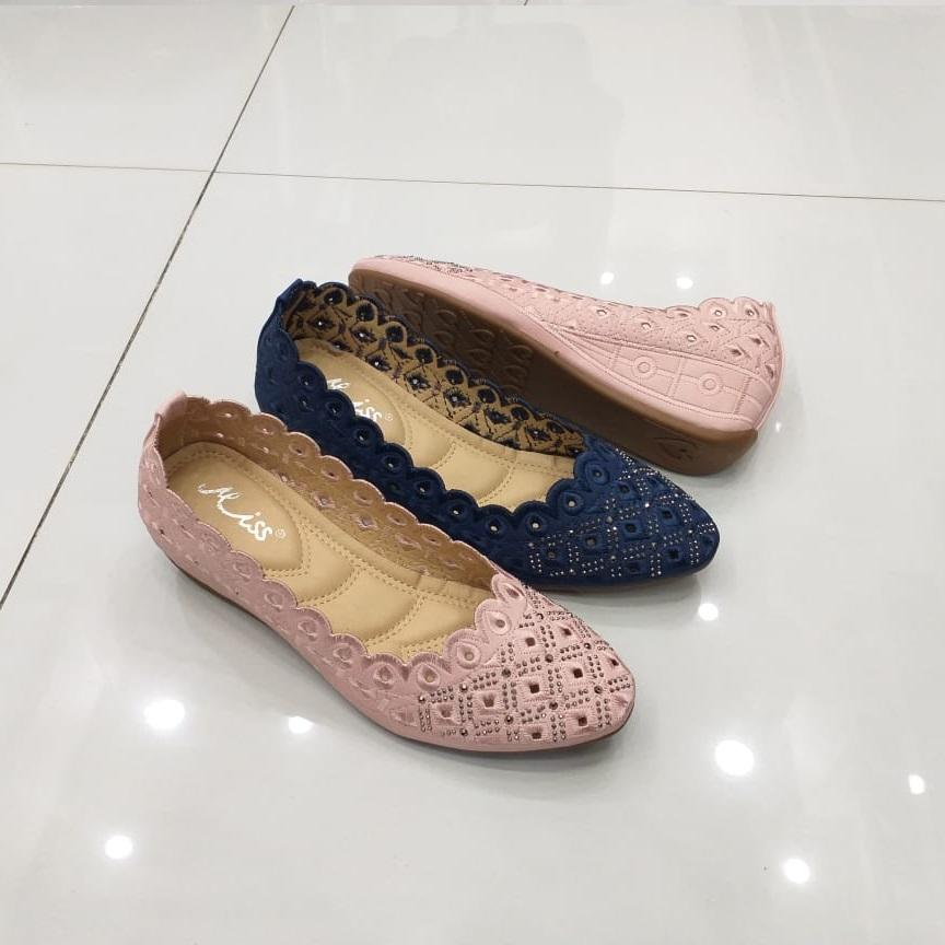 f34b11894b2 Product details of pink and blue ladies pumps new winter collection - Shoes  for Women