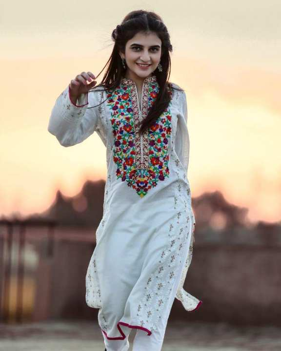 White Karandi Embroidered Kurta for Women