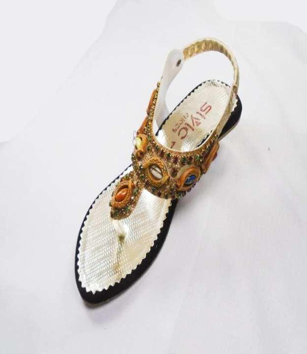 Golden Color Synthetic Fancy Sandal For Girls - 225-50626