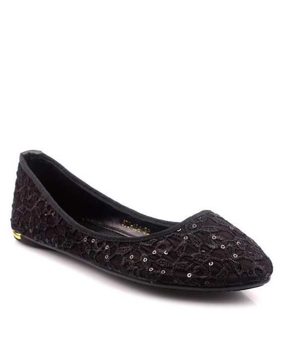 Black Synthetic Leather Pumps For Women