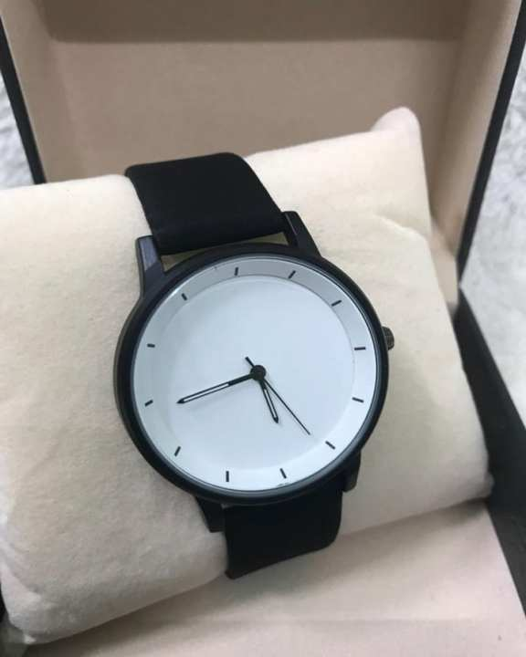 White Dial BlackLeather Band Watch For Men - Quartz