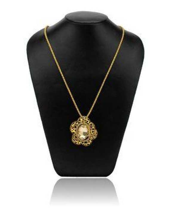 Stylish Golden Pendant With Long Chain (SG)