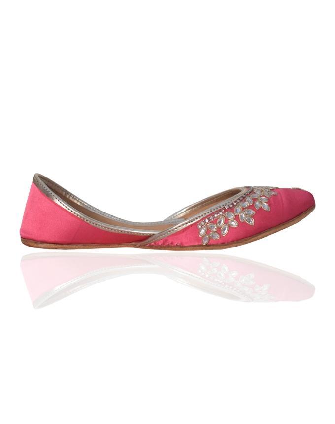 Fuchsia Pink Leather Kundun Khussa for Women