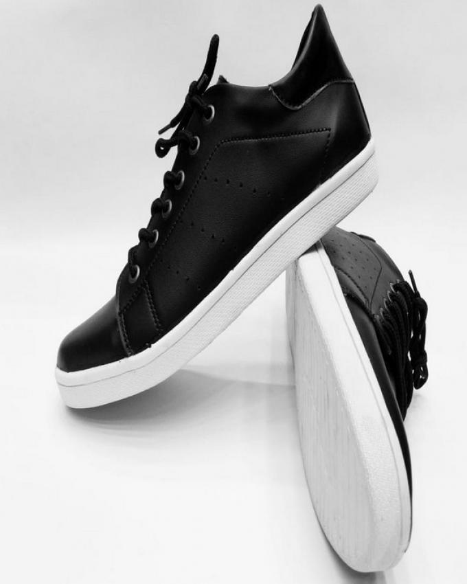 Men s Sneakers - Online Shopping with Free Delivery   Daraz.pk 404b86a2a3