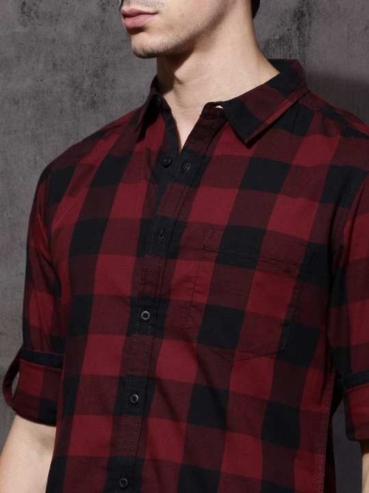 Red & Black Regular Fit Checked Casual Shirt For Men
