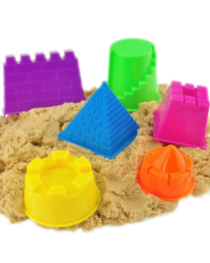 Living Playing Beach Sand with Plastic Models - Multicolor