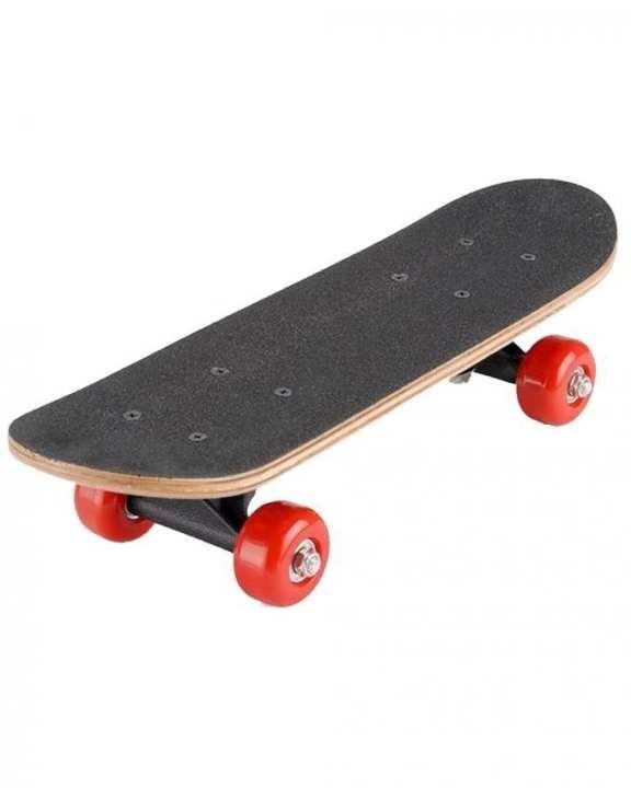 Small Skateboard For Kids - Black & Red