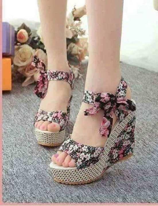 Exclusive Design Of  Girls Wedge Sandals