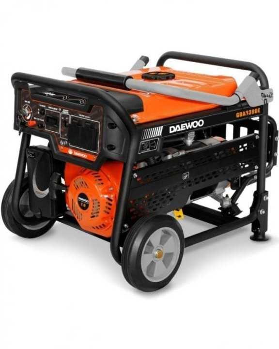Daewoo Petrol & Gas Generator - Electric Start - 2.8 kW - GDA3300E-New