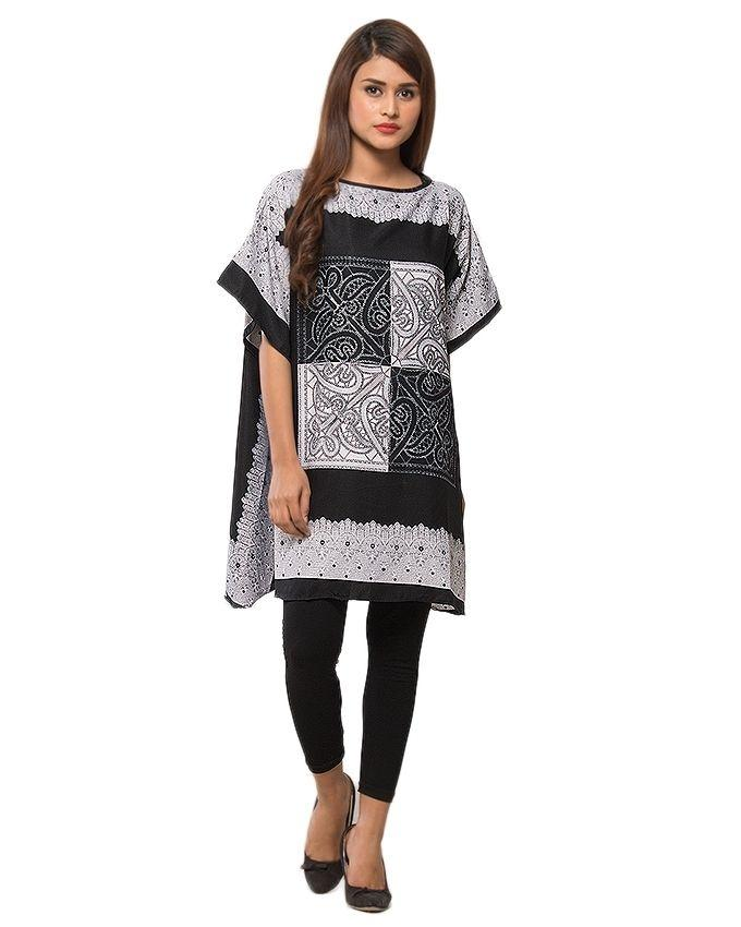 Black & White Polyester Printed Twill Fabric Poncho for Women - PON09-05