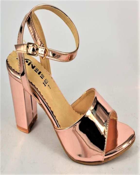 Champagne Sheesha & Block Heel Heels For Women