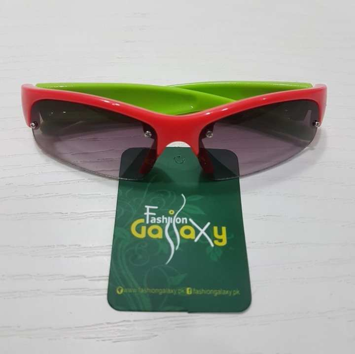 Sun glasses For Kids by Fashion Galaxy