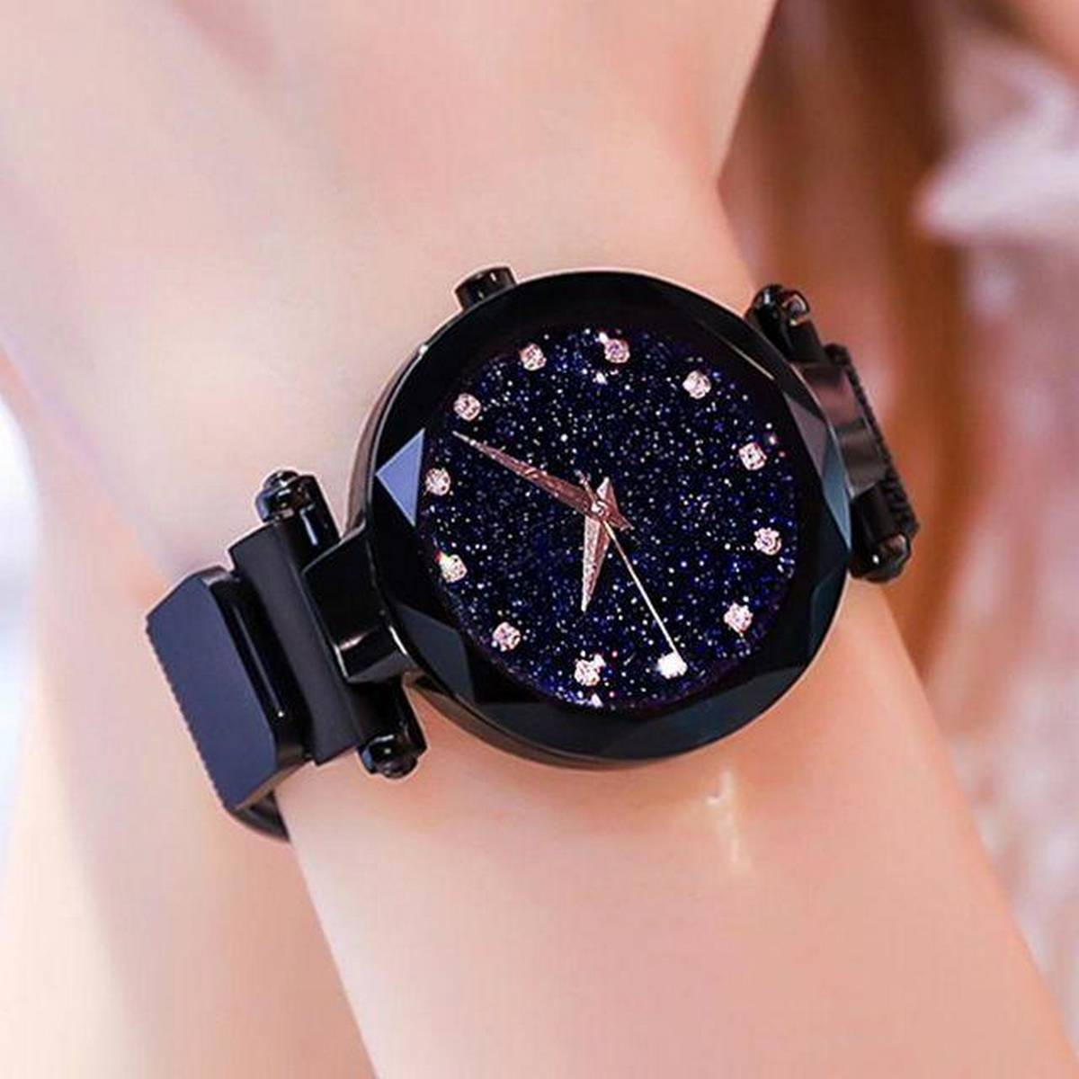 Cute And Classy  Magnetic Ladies Wrist Watch-T825