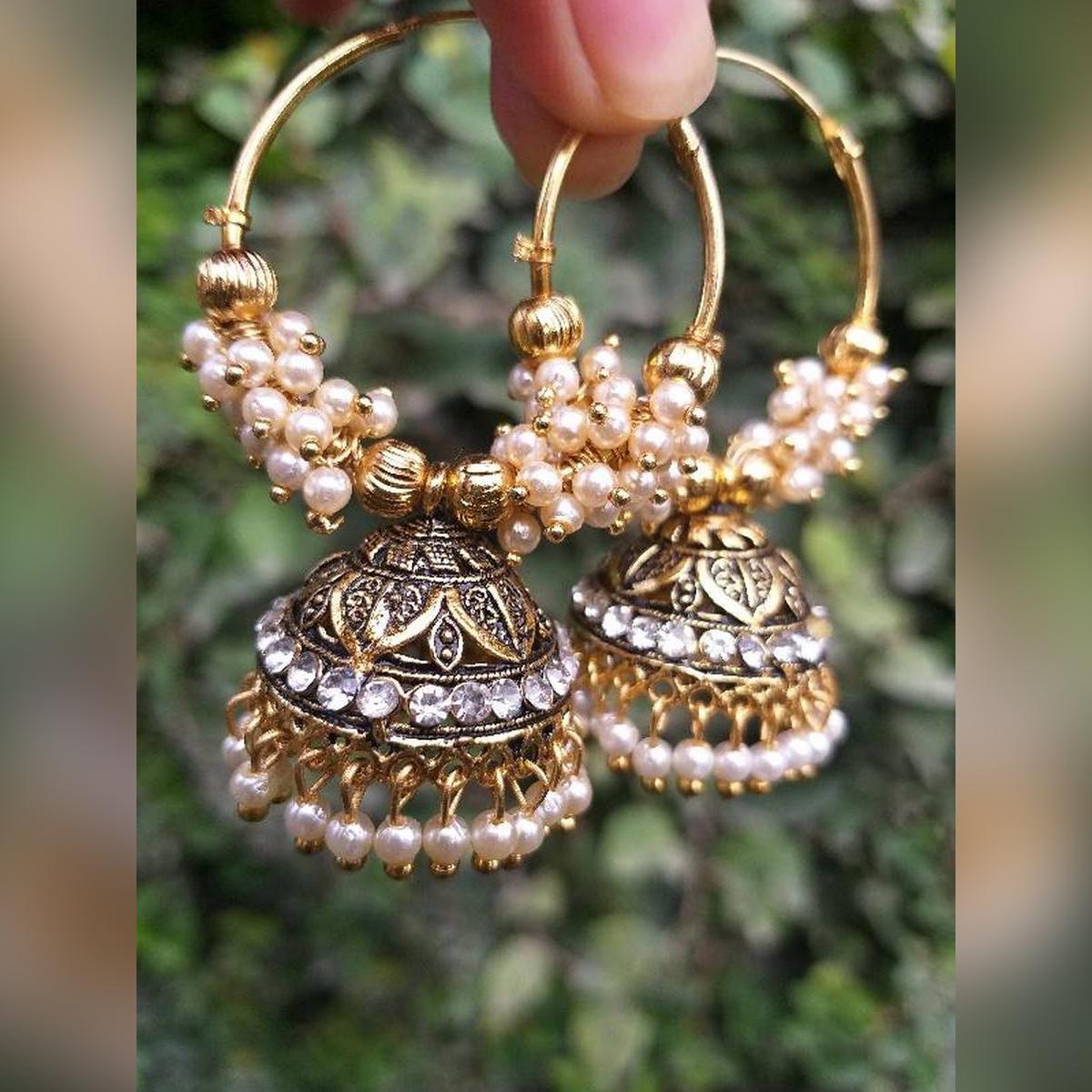 beauti ful Pearl jhumki earring