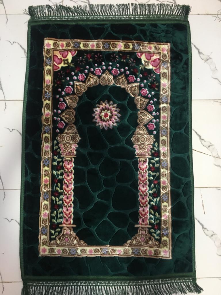 Green Colour Orthopedic Padded Foam Cushion Muslim Prayer Rug - Thick Velvet Islamic Namaz Sajadah Janamaz Carpet