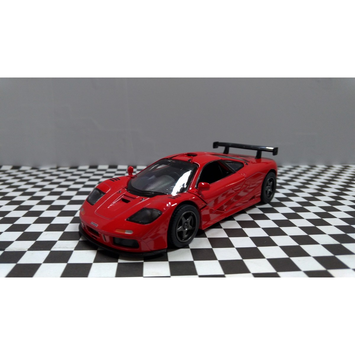 Kinsmart 1995 McLaren F1 GTR 1:34 Diecast Model Toy Car KT5411D- 5 inches