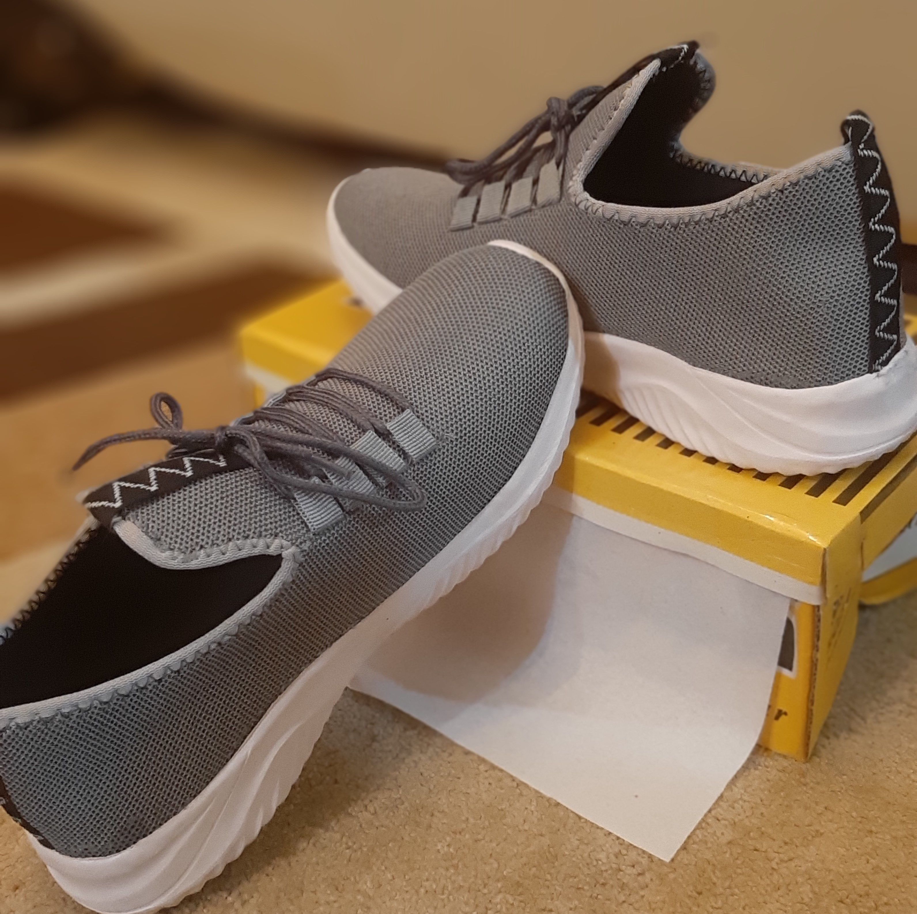 Men's Casual Sneakers -Grey Running Shoes For Best Price Only 780