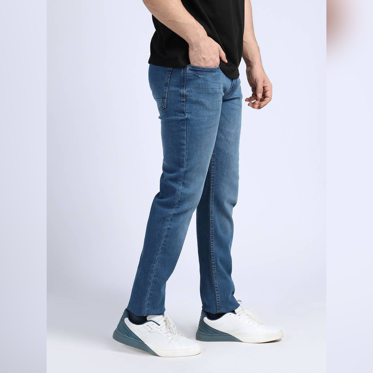 Shahzeb Saeed Blue Faded Stretchable Denim Jeans-14