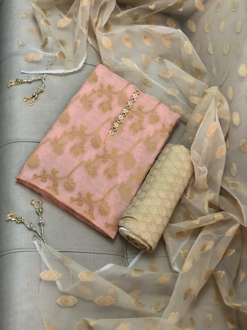 Fashion Vista Fancy Banarsi Style Cotton Jacquard 3 Pcs Un-stitched Suit - Pink