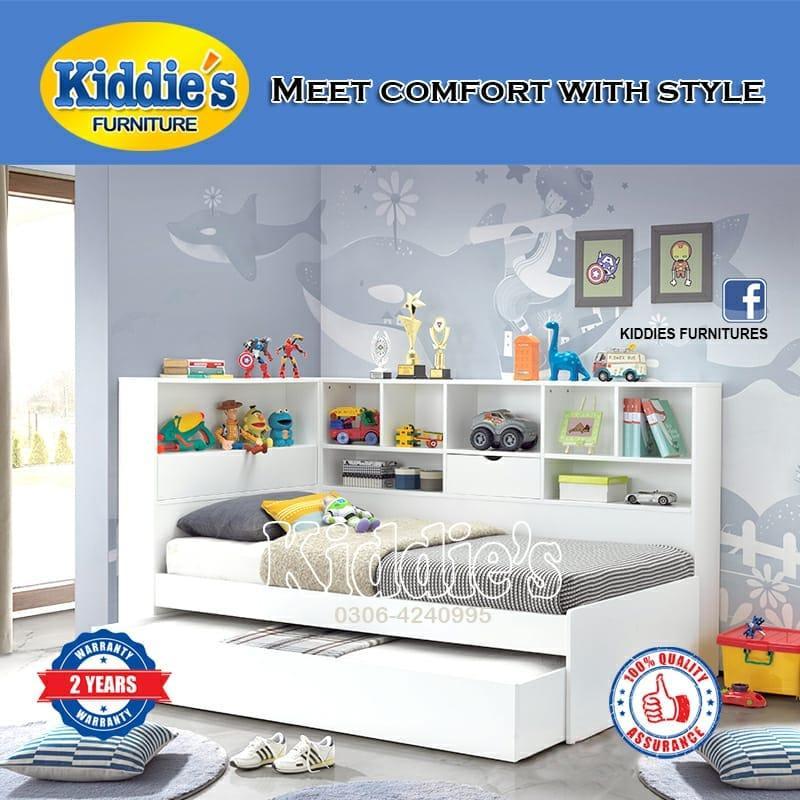 White Double Bed with wardobe