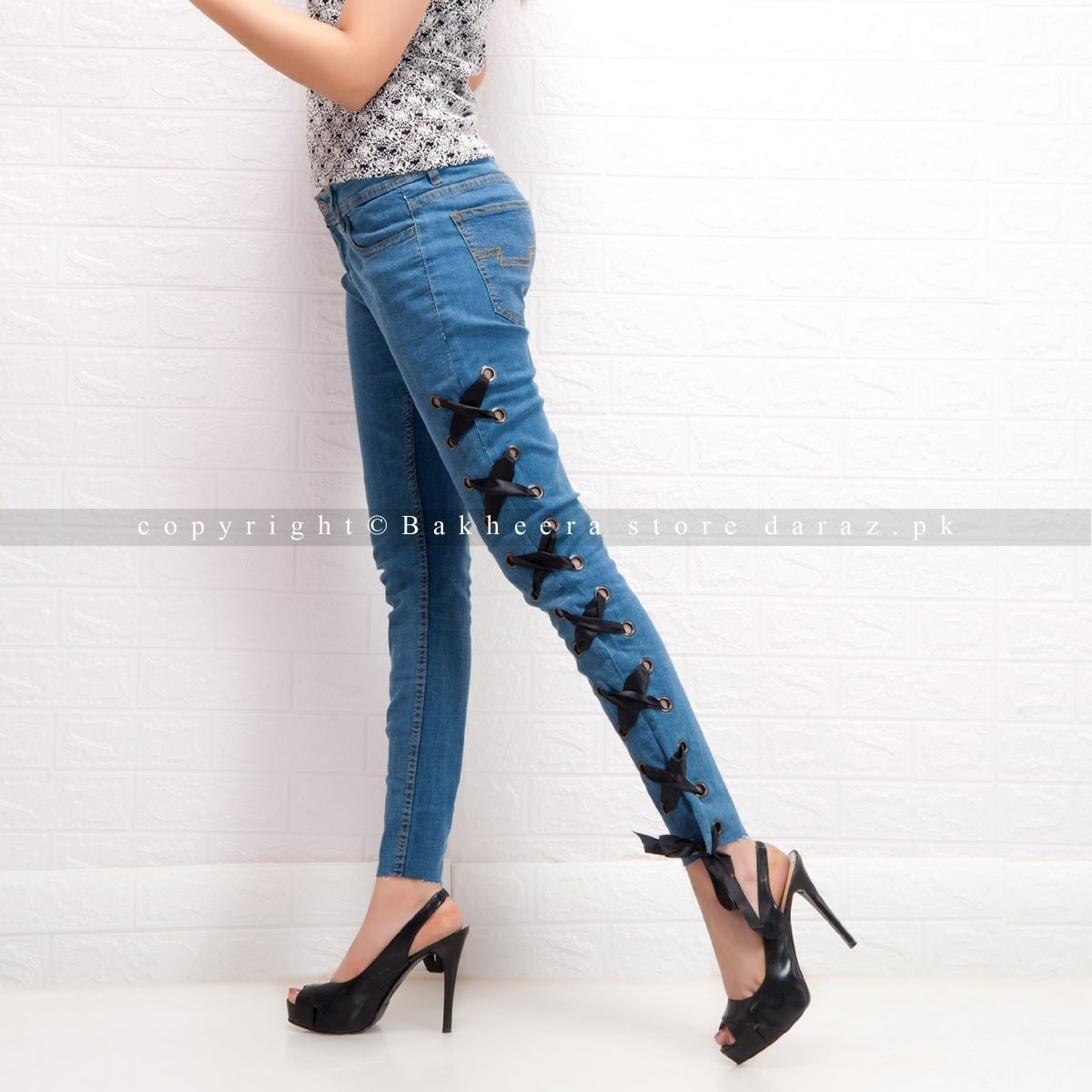 Mid blue lace-up denim jeans with side eyelets for women WJ-02