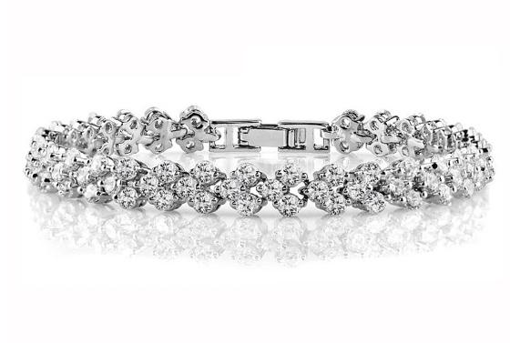Crystals Bangle Women's DiamondBracelets Fashion Bracelet Austrian Rhinestones Paved Bracelets Clear Zircon Crystal Bangle Roman Chain Bracelet for Girlfriend
