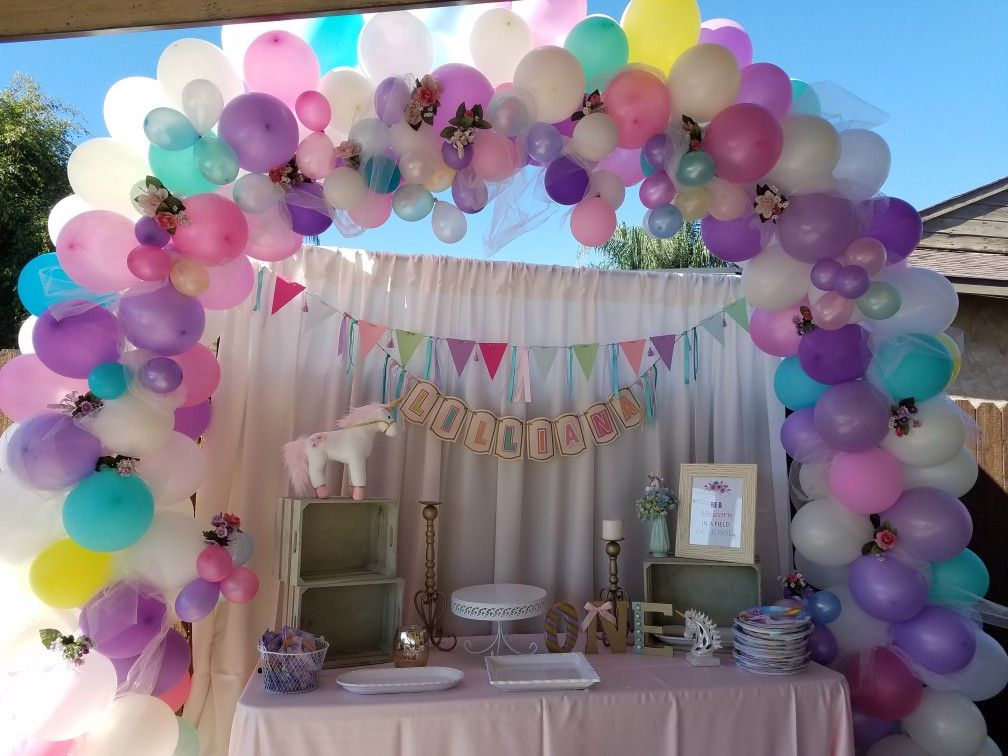 Unicorn Birthday Party Pack 100 Piece Set with Balloons