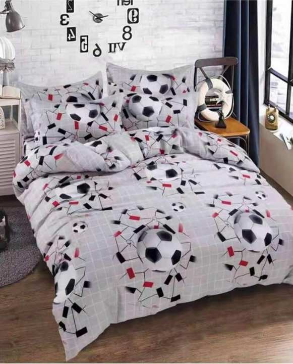 Football lover double bedsheet with pillow cover