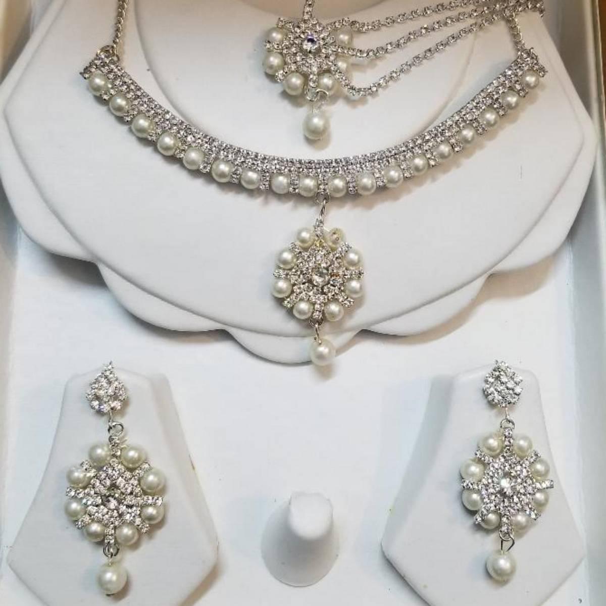 Jewellery Set Zircon with White Pearl